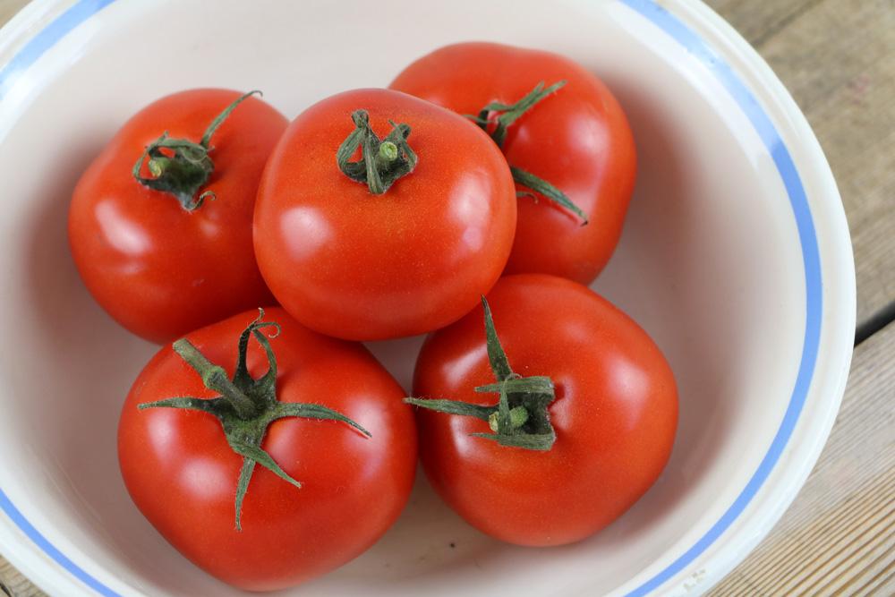 wie gesund sind tomaten infos zu n hrwerten vitaminen und kalorien. Black Bedroom Furniture Sets. Home Design Ideas