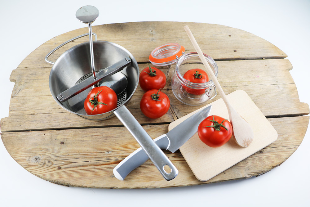 was sind passierte tomaten infos rezept zum selber machen. Black Bedroom Furniture Sets. Home Design Ideas