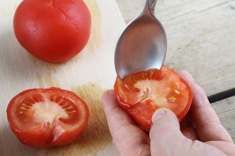 Tomatensamen entfernen